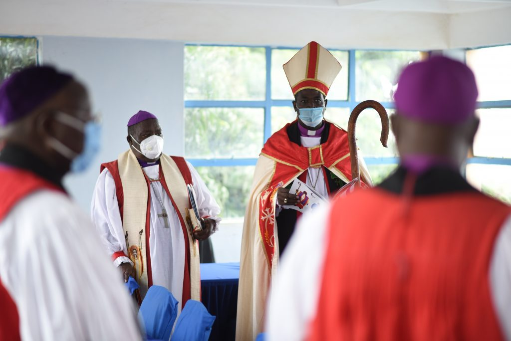 Meru Diocese holds Retirement service for outgoing Bishop